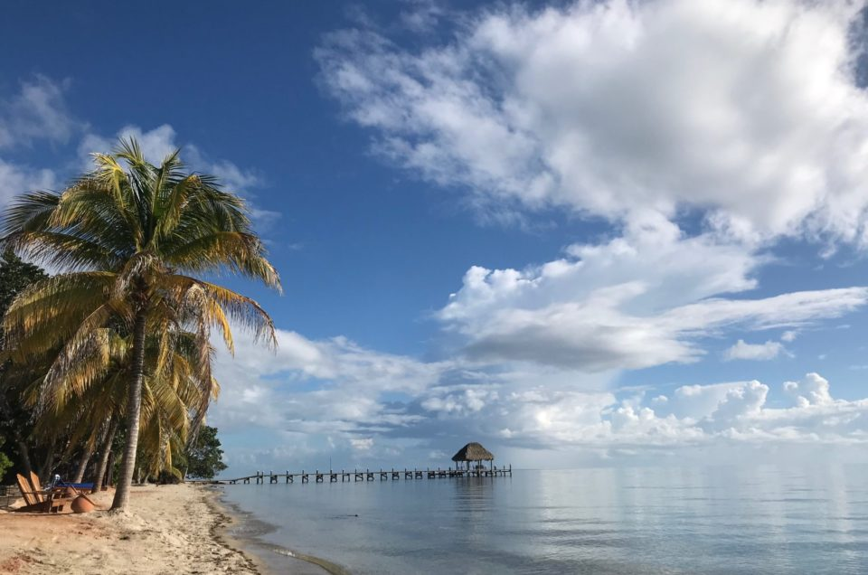 Beautiful, exotic and uncrowded – visit Belize now and be ahead of the crowd (Part 2, the beach)